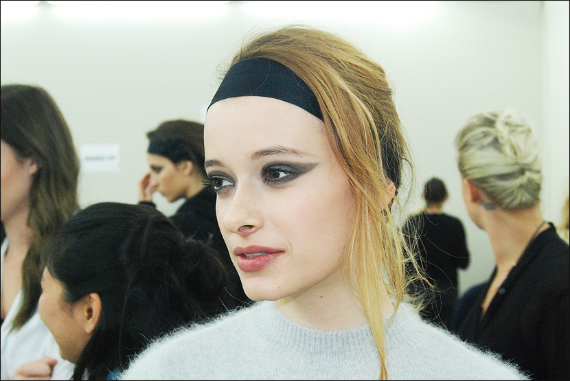 CHANEL_Paris-Fashion-Week_PFW_backstage_Le-mot-la-chose_Stephane-Chemin-Directeur-Artistique-Photographe-freelance_08