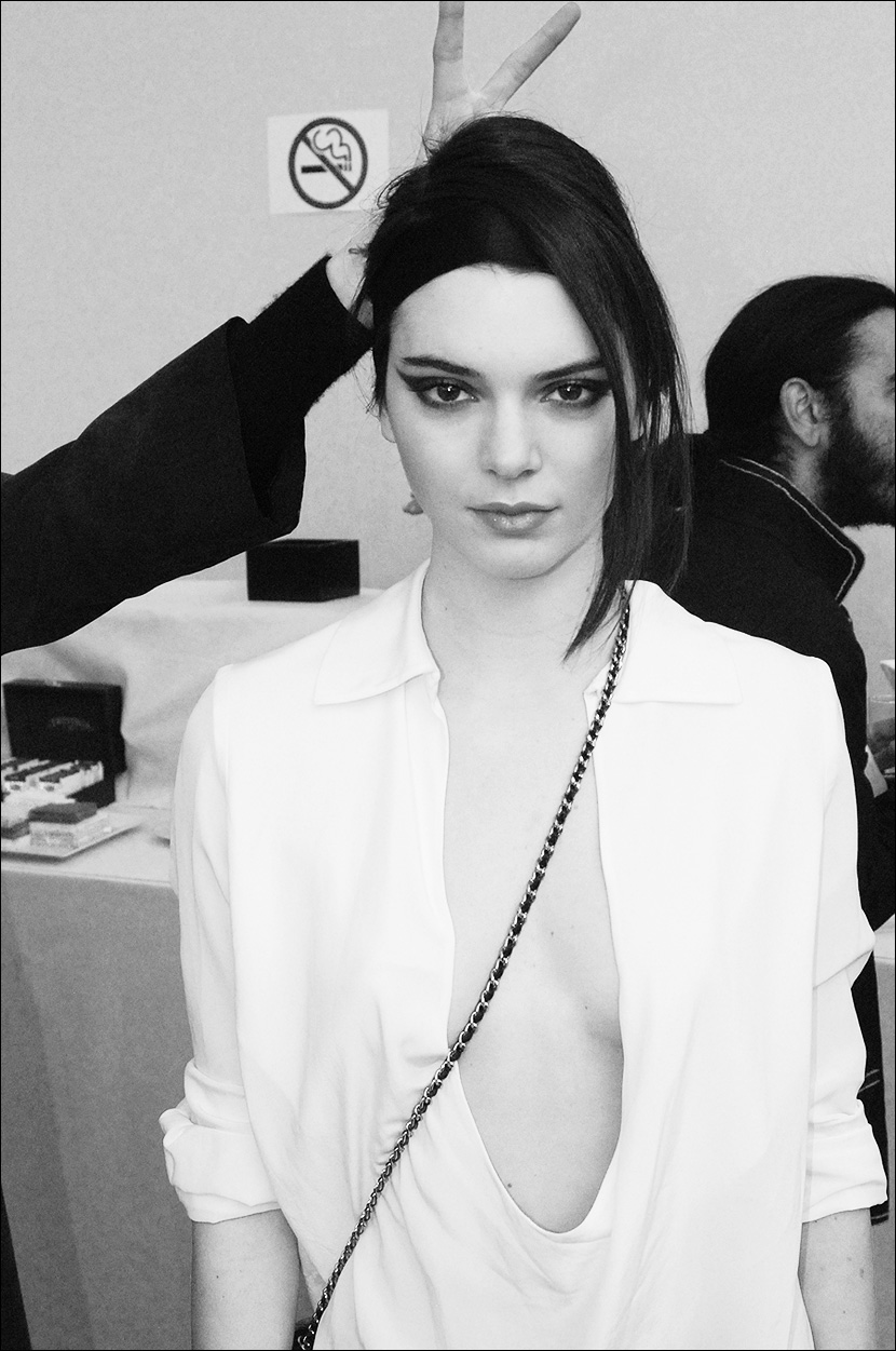 CHANEL_Paris-Fashion-Week_PFW_backstage_Le-mot-la-chose_Stephane-Chemin-Directeur-Artistique-Photographe-freelance_17_Kendall-Jenner