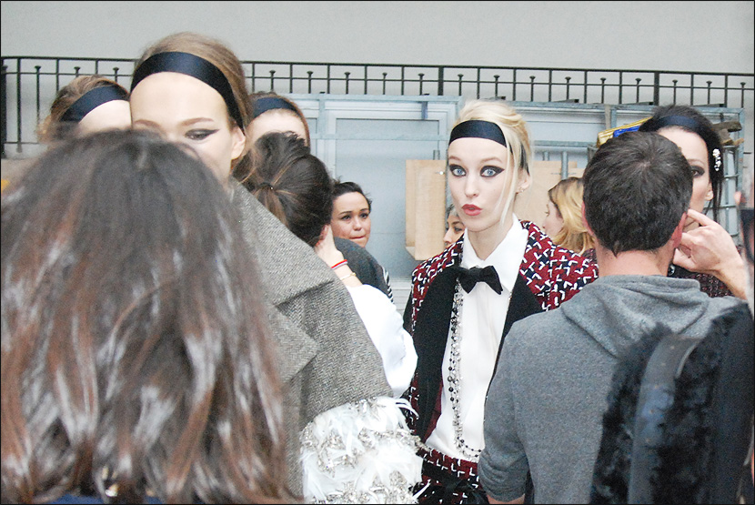 CHANEL_Paris-Fashion-Week_PFW_backstage_Le-mot-la-chose_Stephane-Chemin-Directeur-Artistique-Photographe-freelance_34_