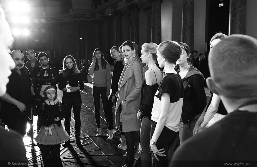 B_Ralph-and-Russo_Haute-Couture_ss16_paris-fashion-week_le-Mot-la-Chose_copyright-Stephane-Chemin-photographe-freelance_25_Tamara-Ralph_Michael-Russo