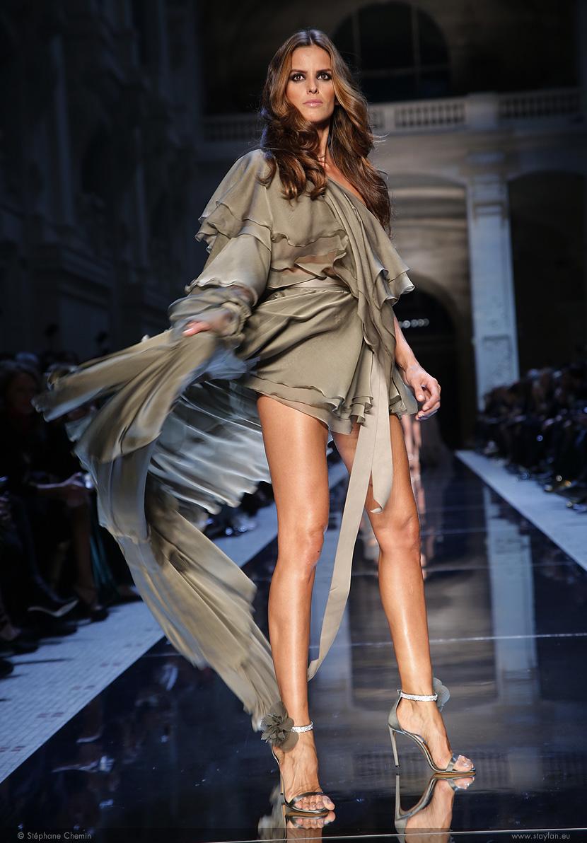 D_Alexandre-Vauthier_Haute-Couture_ss16_paris-fashion-week_le-Mot-la-Chose_copyright-Stephane-Chemin-photographe-freelance_16_izabel-goulart